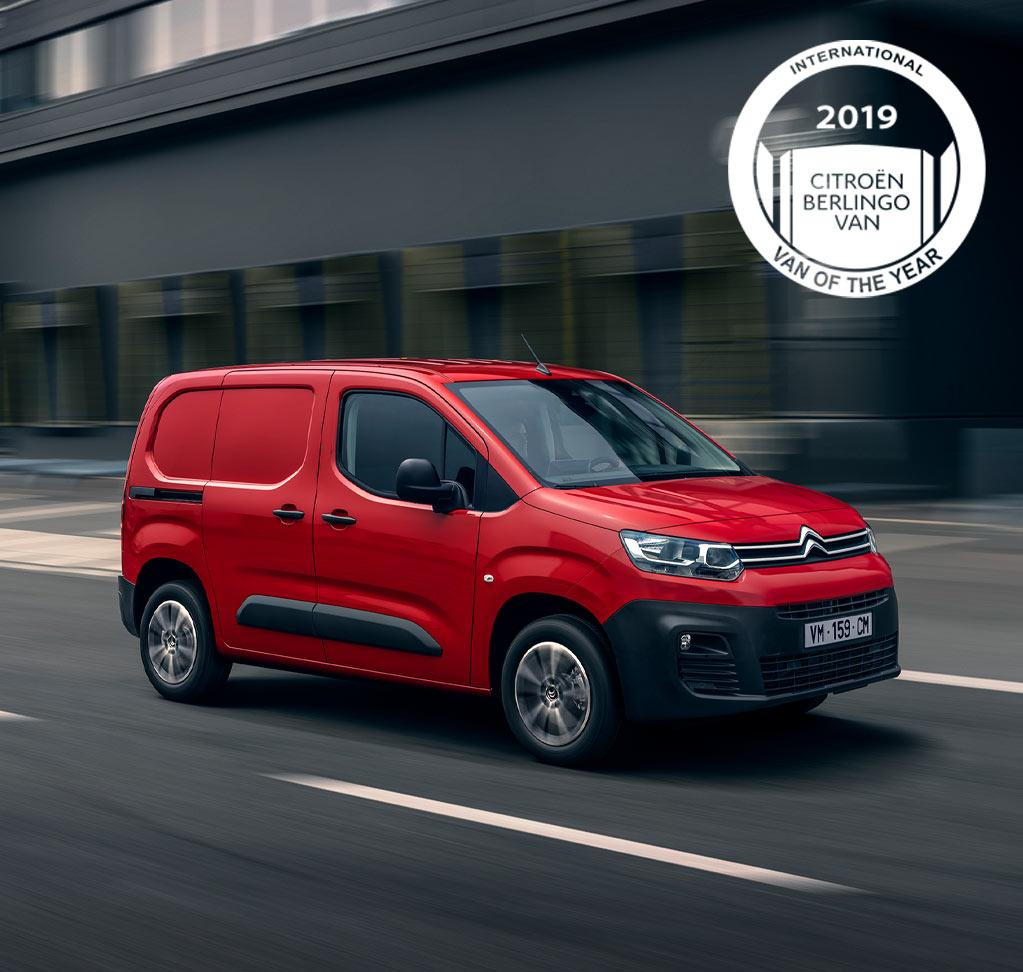 1023x972-New-Berlingo-Van-Driver-HeroBanner1-Mobile-IVOTY-Inter